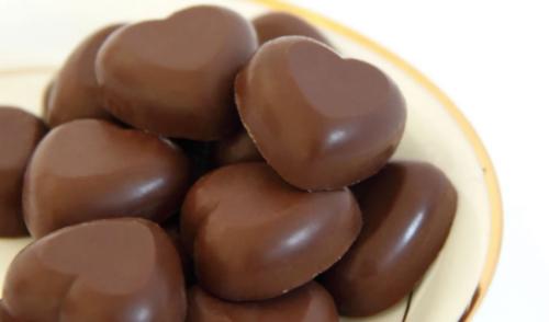 """哈根达斯用代可可脂冒充巧克力,""""双标""""队伍加入新成员!"""