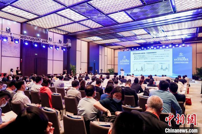 """中国资本市场实现三个""""万亿"""",未来机会在哪?"""