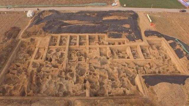 """河南挖出世界最古老""""铸币厂"""" 距今已有2600年"""